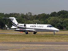 220px-Learjet45-gama