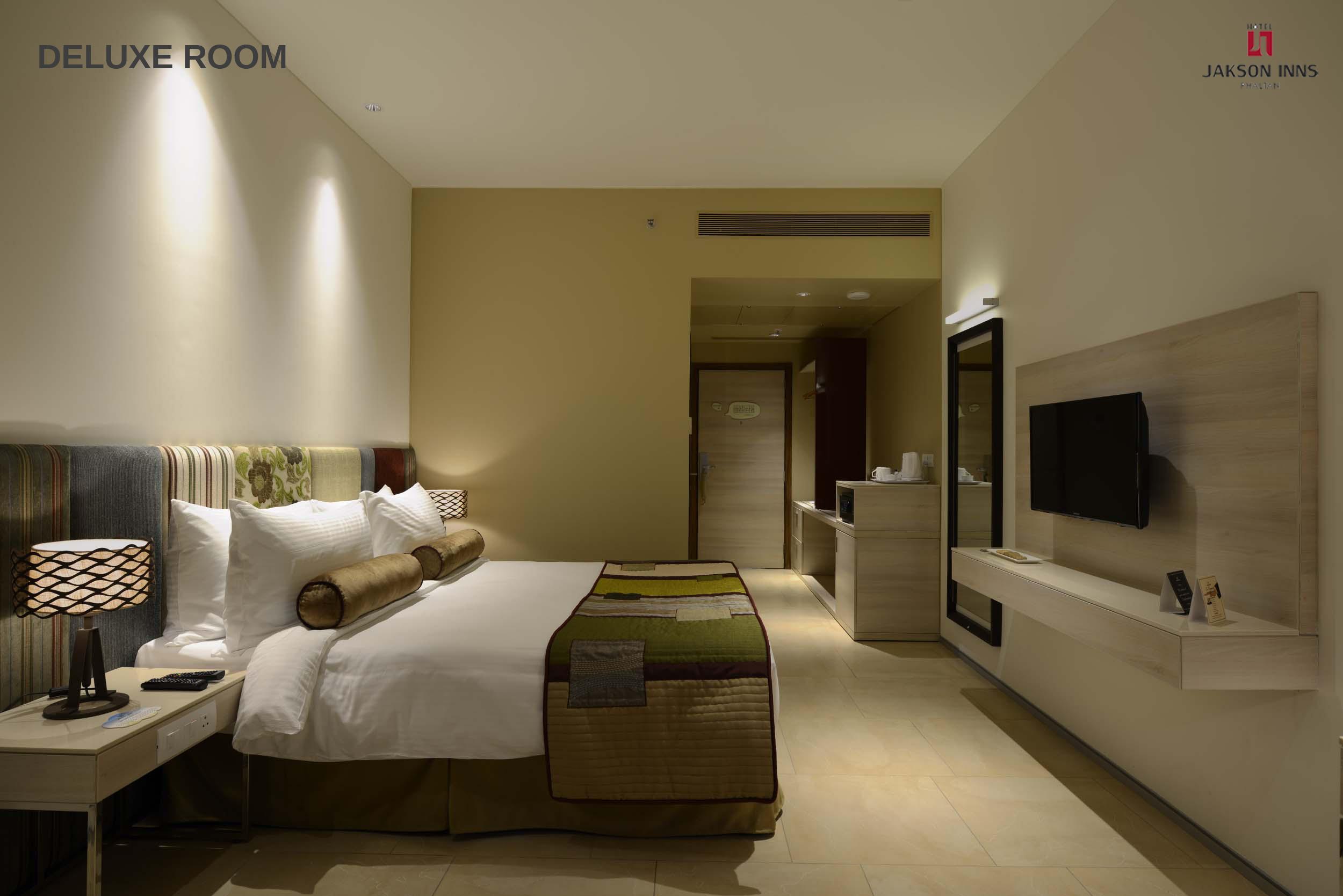 deluxe rooms 3 (2500×1668)